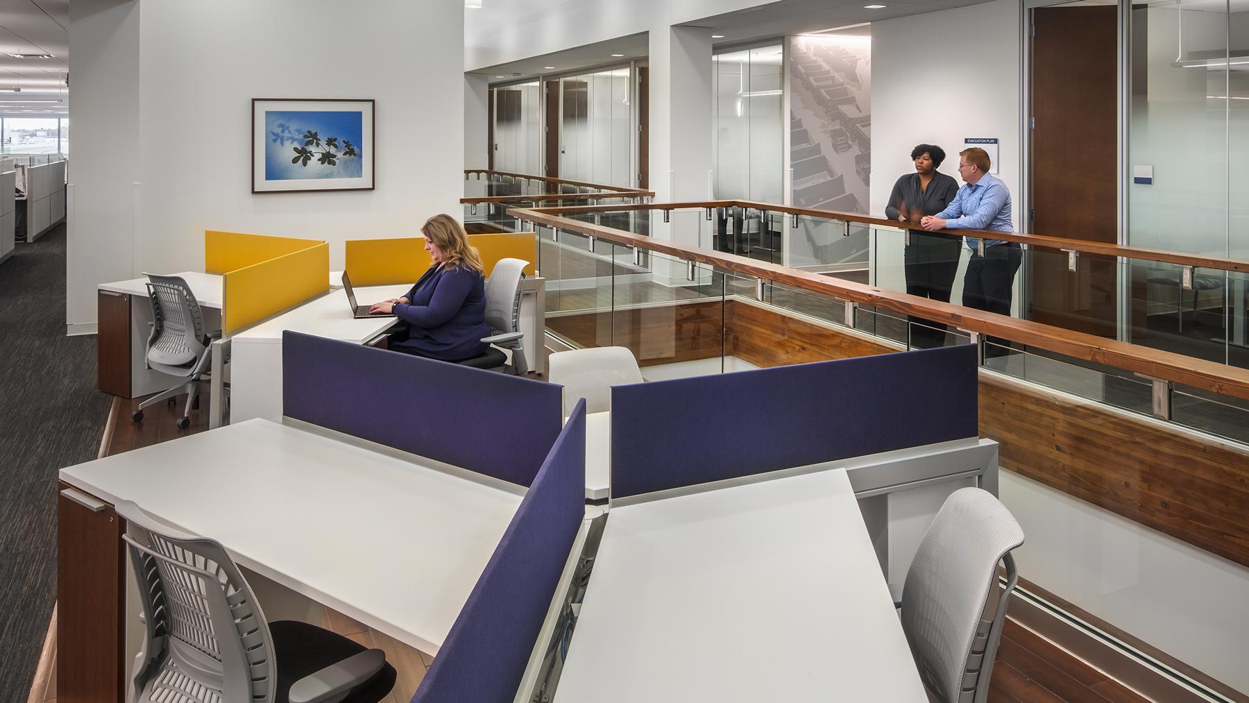 Henricksen_PROJ_Menasha-Corp_workstations-02