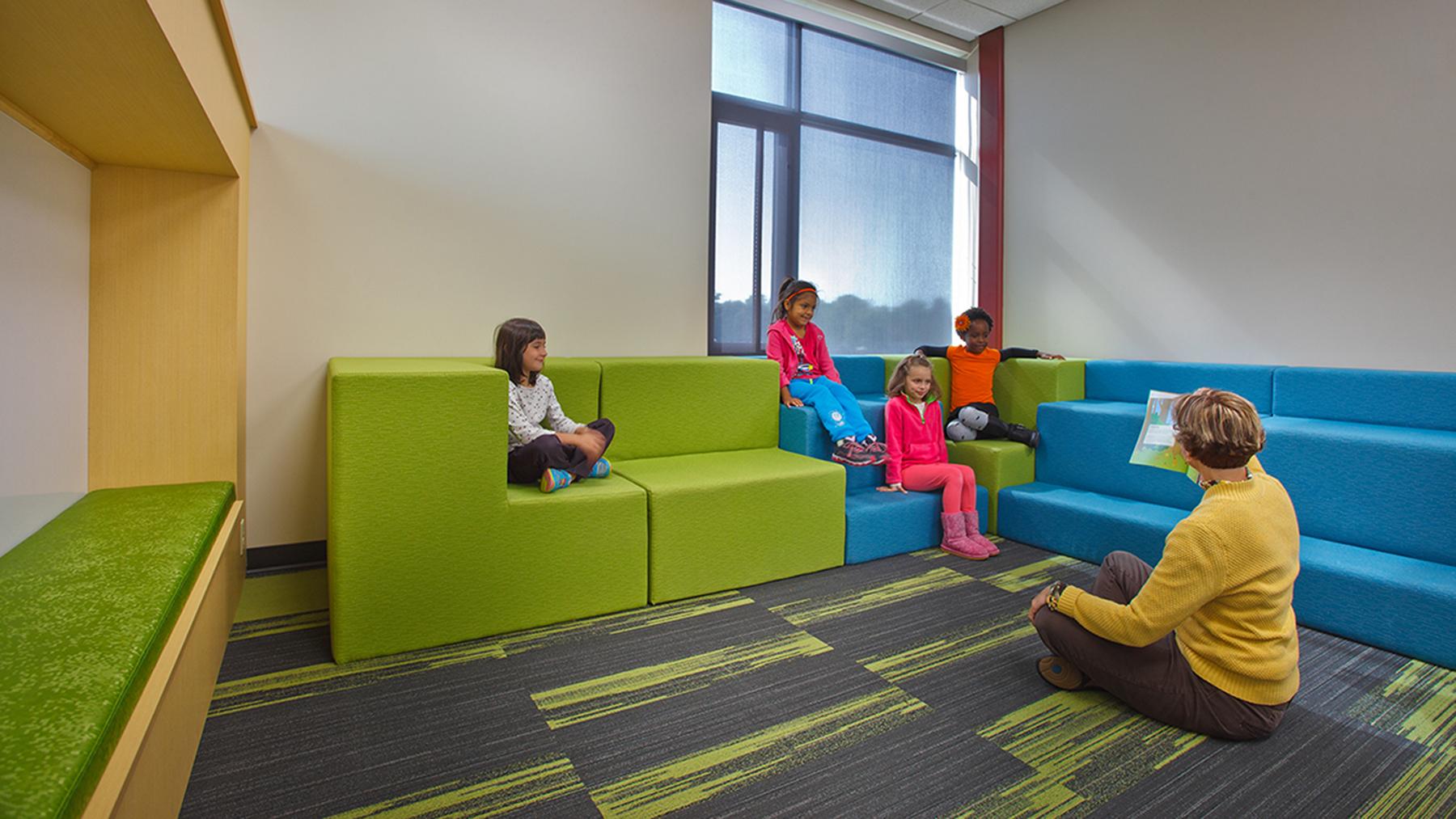 Lake-Mills-Elementary_Seating_Kids__1800x1013